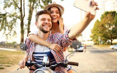 Ako si udržať biely úsmev v dovolenkovom období: Mini poradňa
